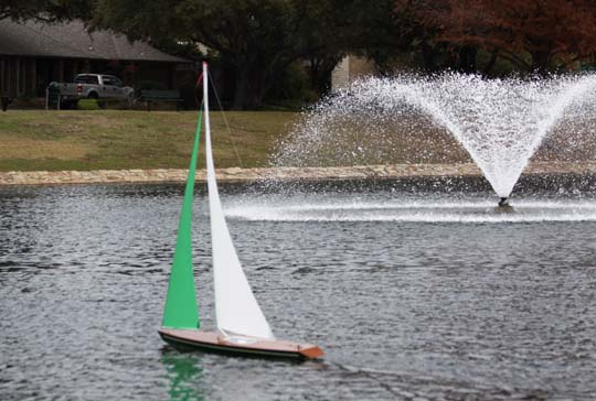 model remote controlled sailboat